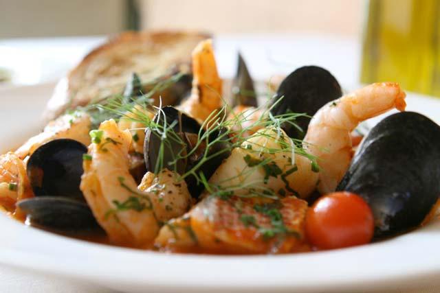 Il cacciucco di Livorno uno dei piatti tipici toscani