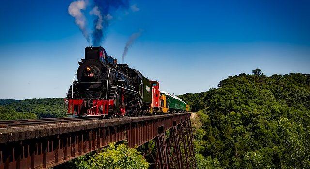 Scoprire la Toscana: viaggiare in treno