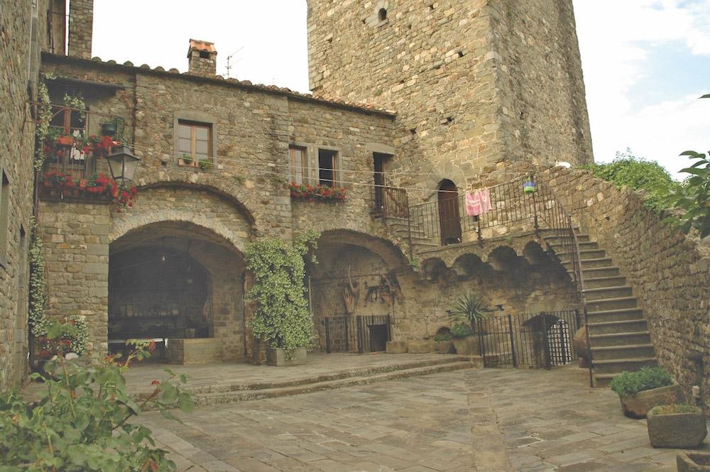 Case della Memoria: il Castello di Castiglione del Terziere a Bagnone