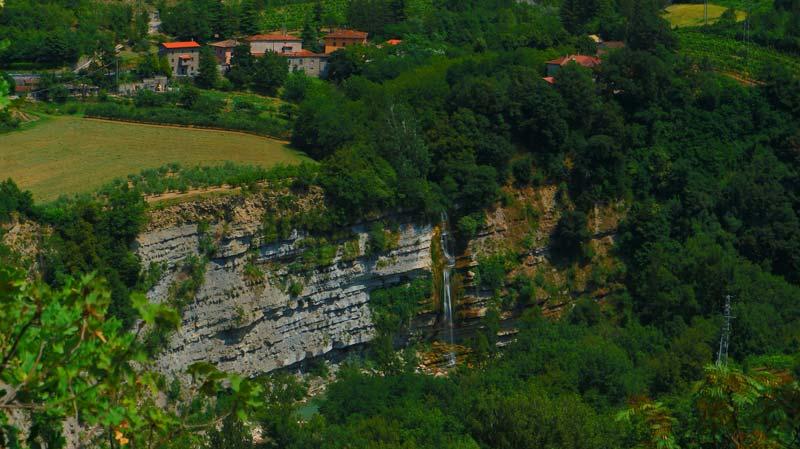 vista dall'alto cascata moranduccio
