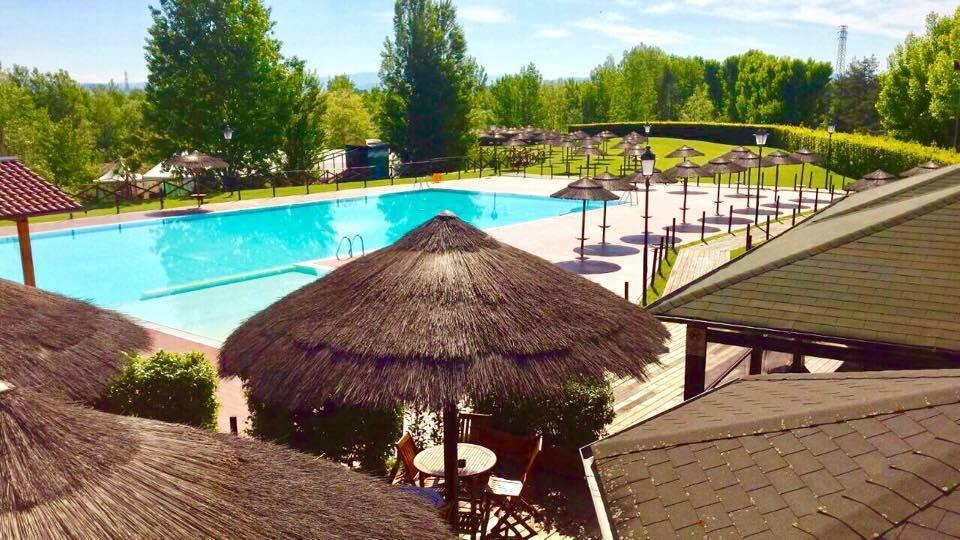 La piscina Smeraldina ai Renai di Signa