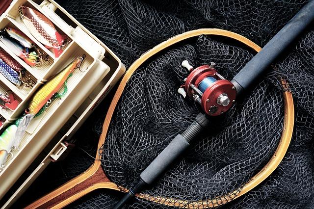 pesca in toscana canna mulinello esche retino