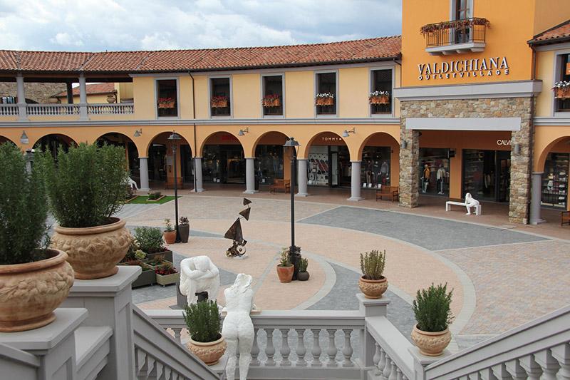 Outlet in Toscana: il Valdichiana Outlet Village a Foiano della Chiana